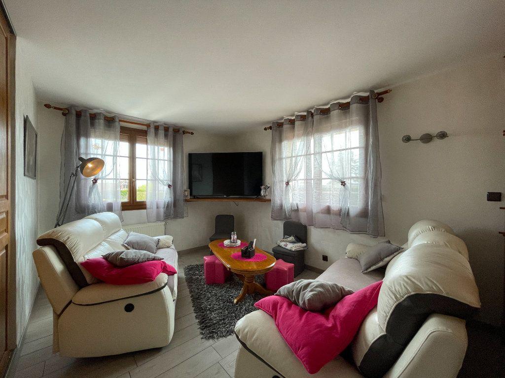 Maison à vendre 9 234m2 à Le Chesne vignette-6