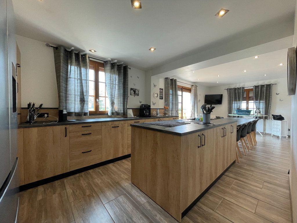 Maison à vendre 9 234m2 à Le Chesne vignette-8