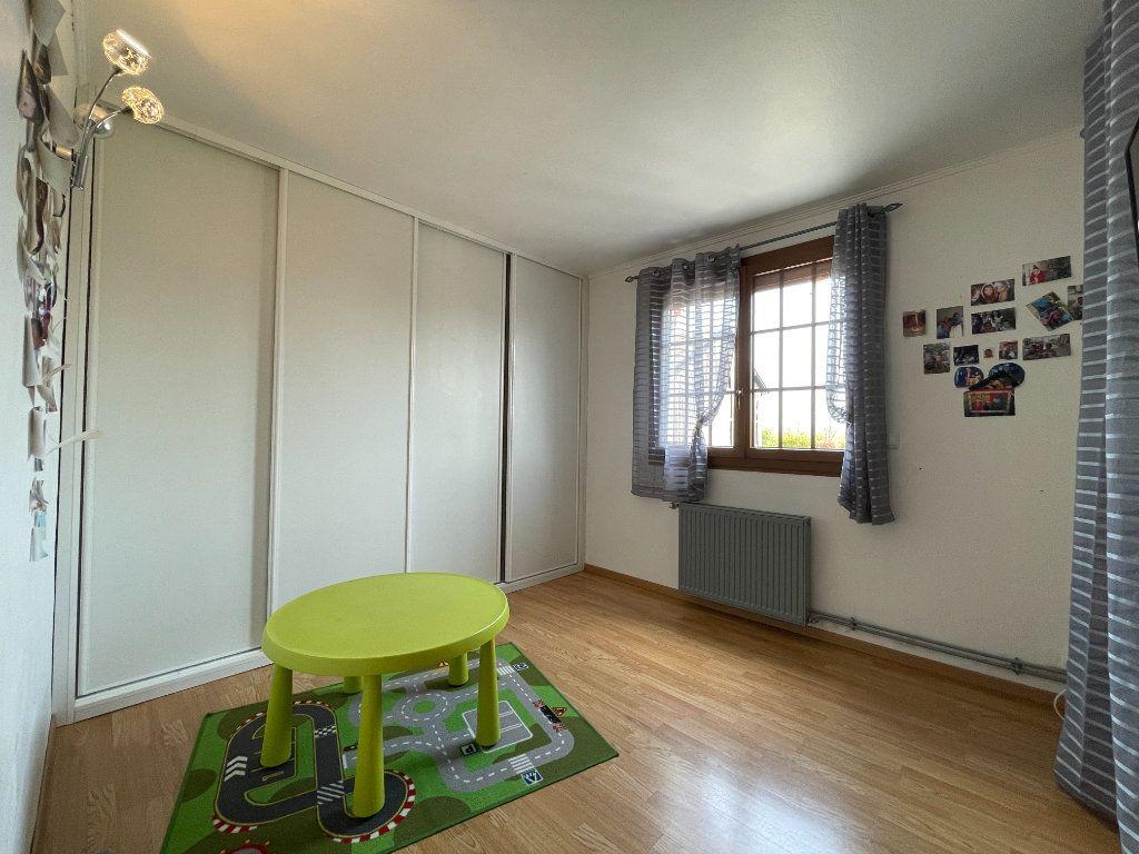 Maison à vendre 9 234m2 à Le Chesne vignette-10