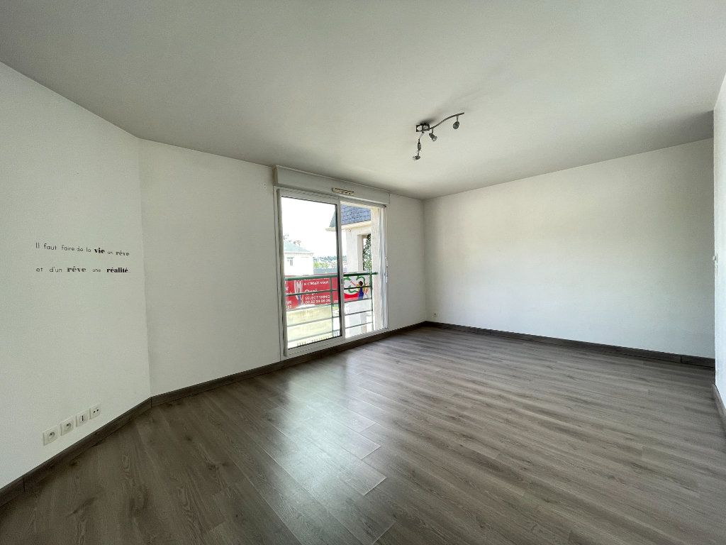 Appartement à vendre 3 66.51m2 à Évreux vignette-2