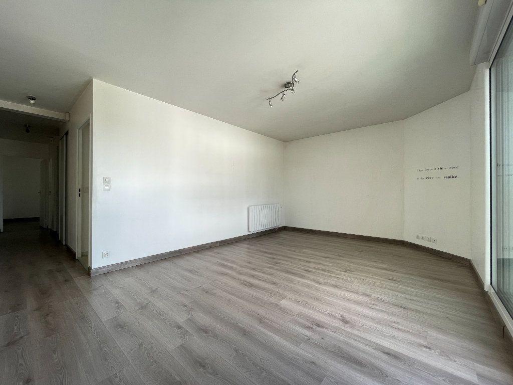 Appartement à vendre 3 66.51m2 à Évreux vignette-3