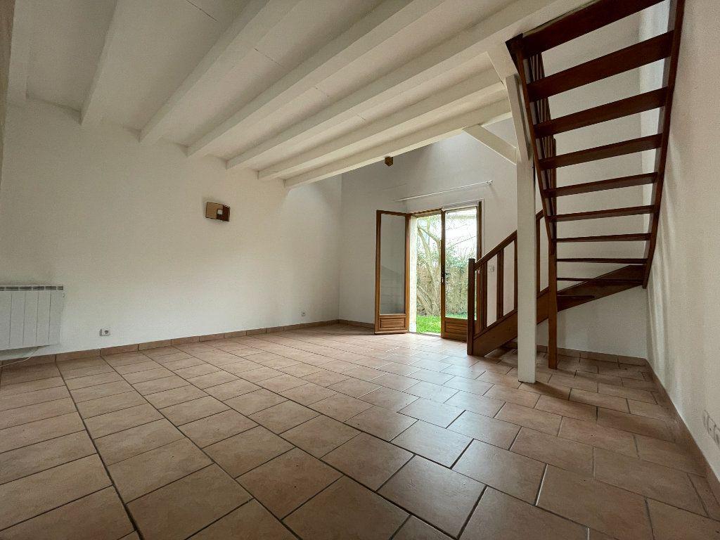 Maison à louer 3 52.9m2 à Évreux vignette-5