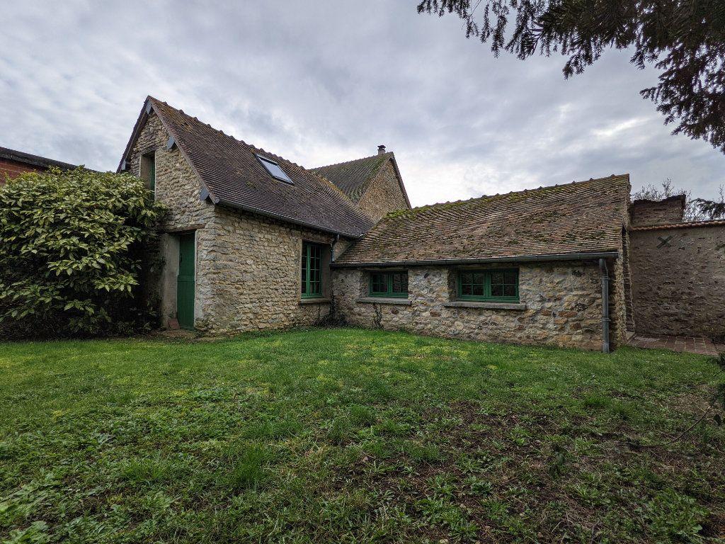 Maison à vendre 9 300m2 à Caillouet-Orgeville vignette-2