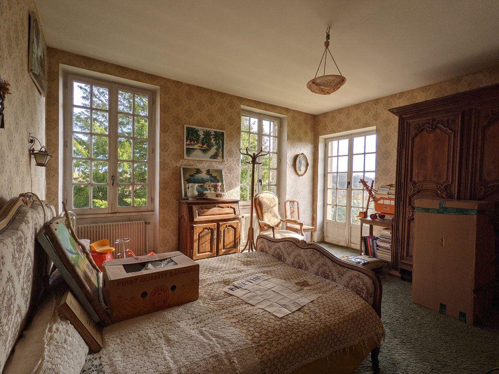 Maison à vendre 9 300m2 à Caillouet-Orgeville vignette-4