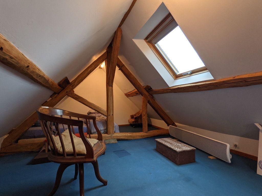 Maison à vendre 9 300m2 à Caillouet-Orgeville vignette-5