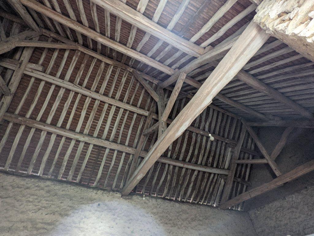 Maison à vendre 9 300m2 à Caillouet-Orgeville vignette-6