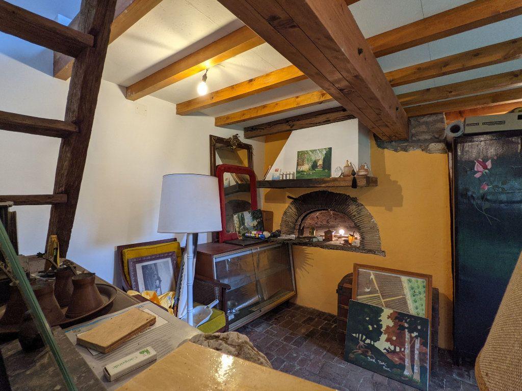 Maison à vendre 9 300m2 à Caillouet-Orgeville vignette-8