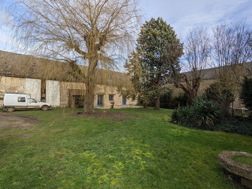 Maison à vendre 9 300m2 à Caillouet-Orgeville vignette-13
