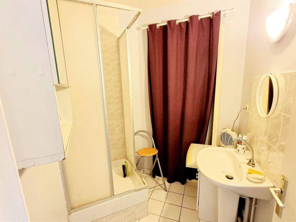 Maison à vendre 9 215m2 à Mousseaux-Neuville vignette-6