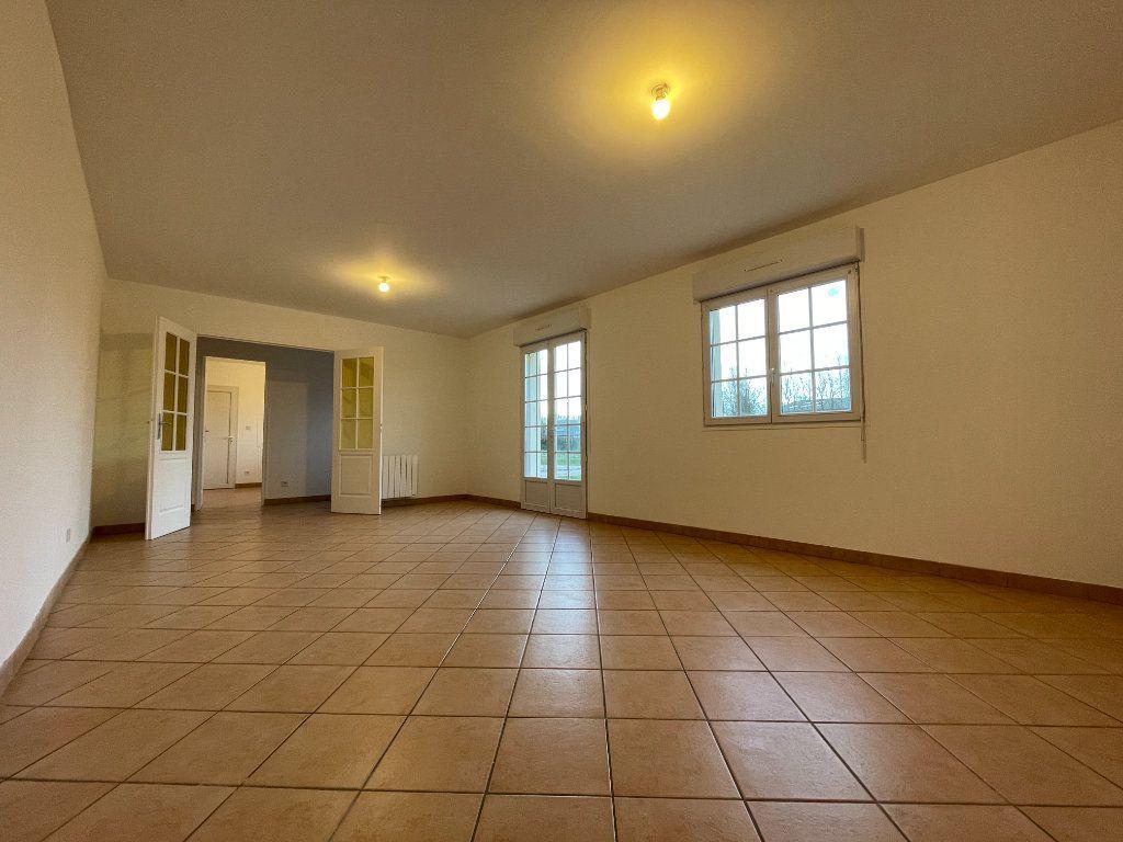 Maison à louer 4 91m2 à Saint-Aubin-des-Hayes vignette-2