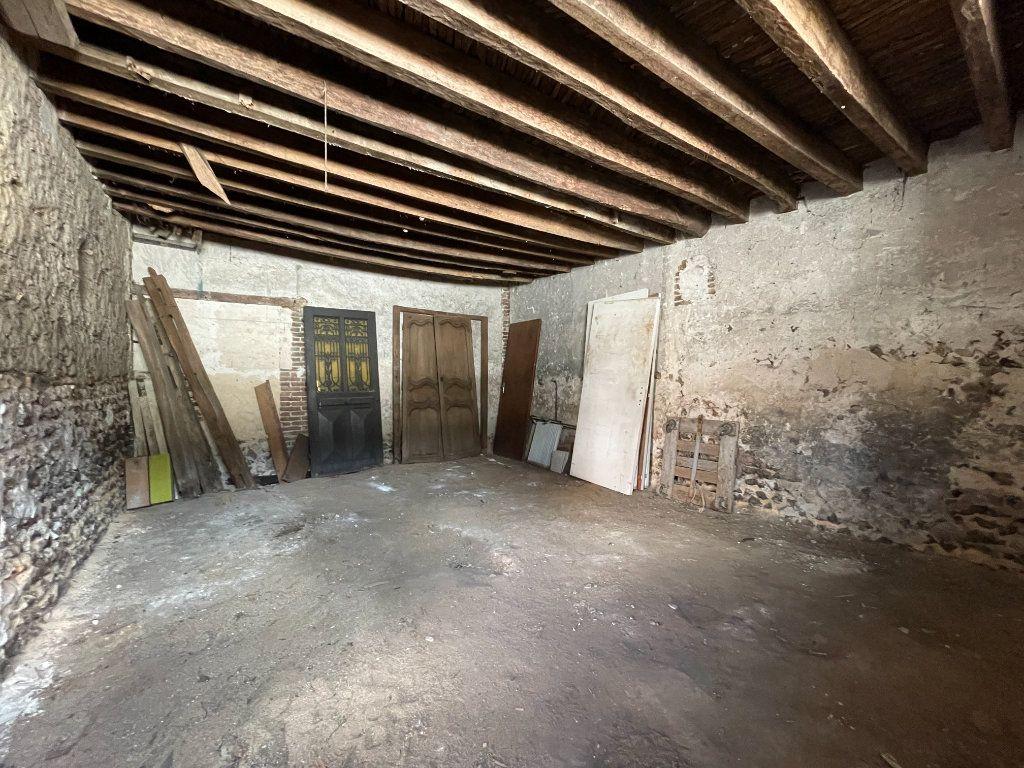 Maison à vendre 3 130m2 à Saint-André-de-l'Eure vignette-5