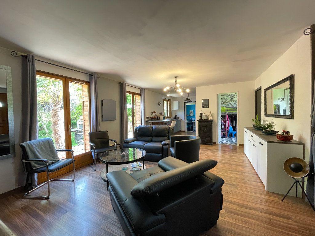Maison à vendre 4 82.27m2 à Conches-en-Ouche vignette-4