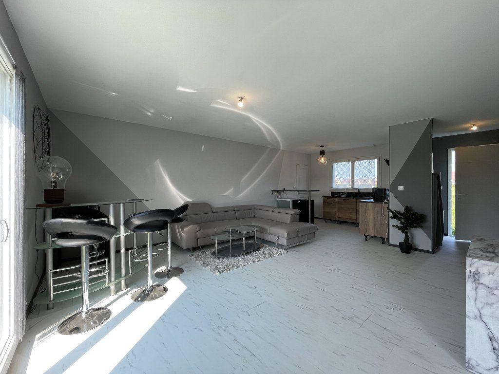 Maison à vendre 3 62.55m2 à Bémécourt vignette-2