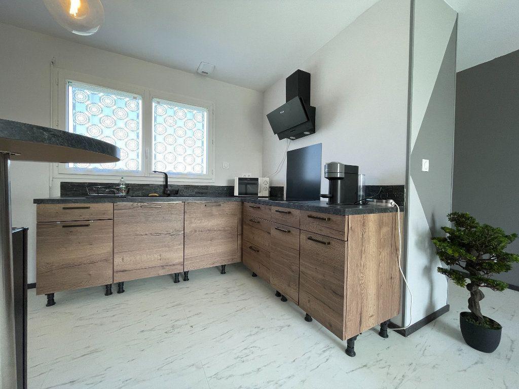 Maison à vendre 3 62.55m2 à Bémécourt vignette-6