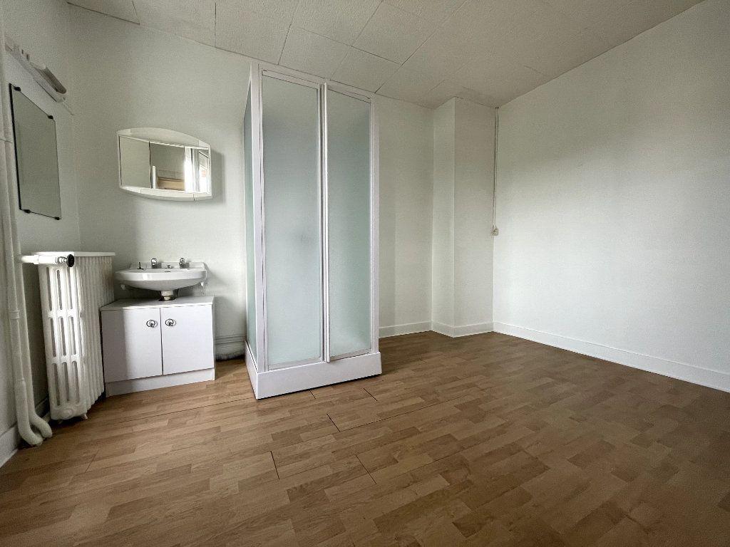 Maison à vendre 3 55m2 à Conches-en-Ouche vignette-3