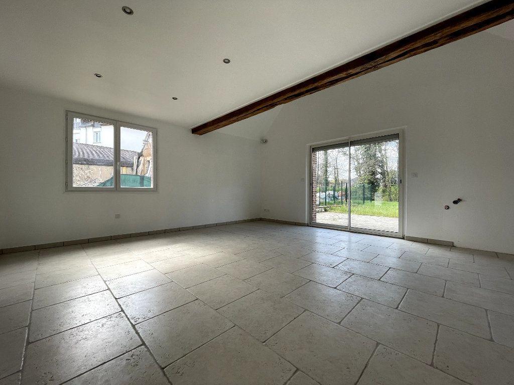 Maison à vendre 4 122m2 à Verneuil-sur-Avre vignette-3