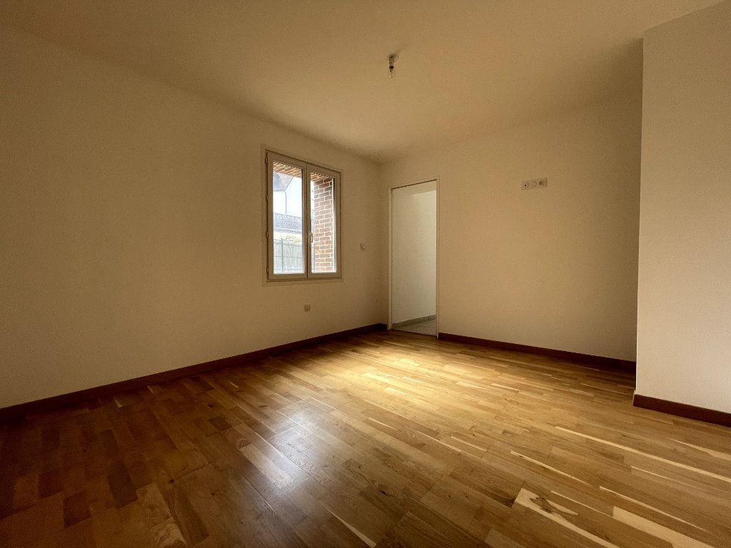 Maison à vendre 4 122m2 à Verneuil-sur-Avre vignette-9