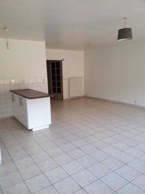 Appartement à louer 2 59.66m2 à Évreux vignette-3