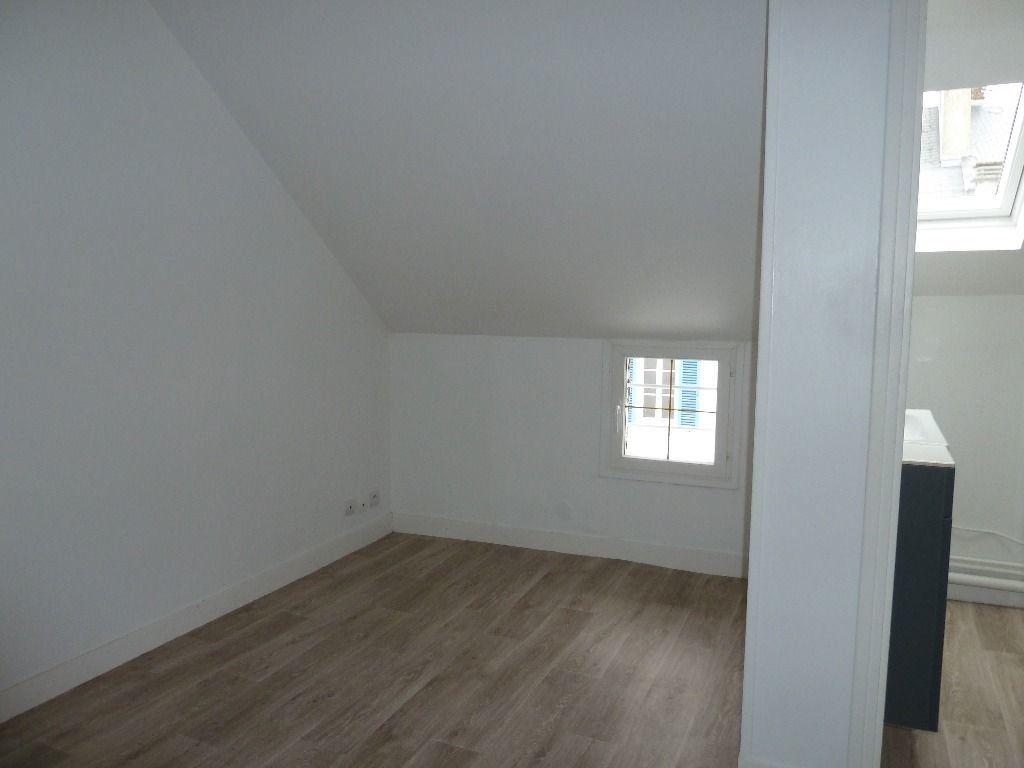 Appartement à louer 1 21m2 à Évreux vignette-2