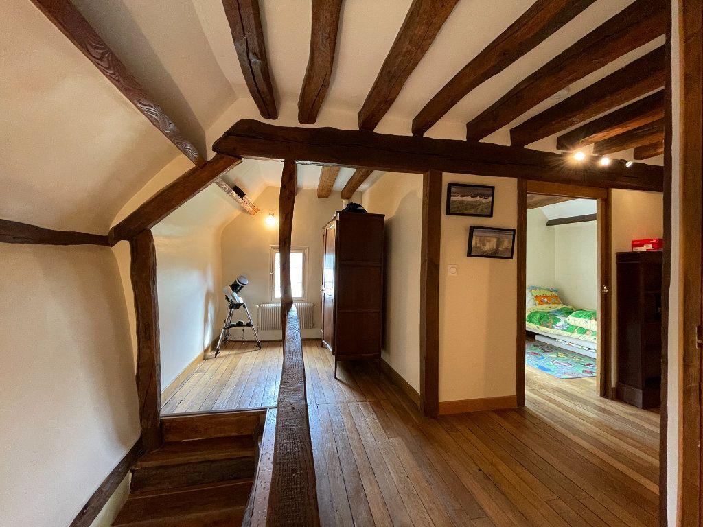 Maison à vendre 7 144m2 à Sainte-Marguerite-de-l'Autel vignette-9