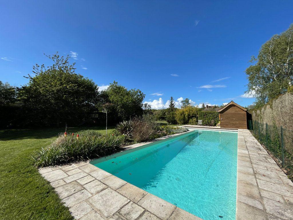 Maison à vendre 7 144m2 à Sainte-Marguerite-de-l'Autel vignette-17