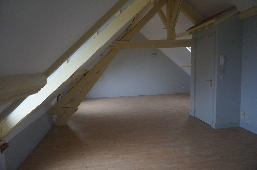 Appartement à louer 1 30m2 à Breteuil vignette-2