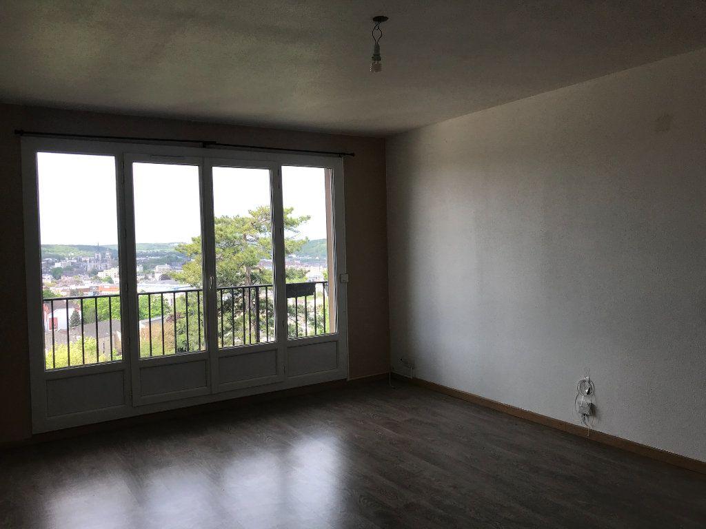 Appartement à louer 3 59m2 à Évreux vignette-1
