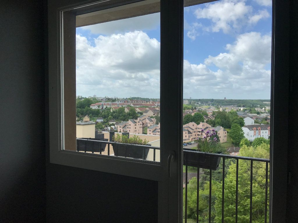 Appartement à louer 3 59m2 à Évreux vignette-7