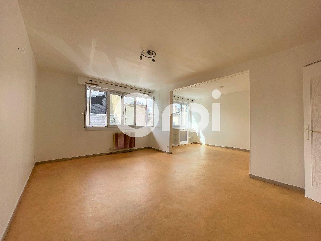 Appartement à louer 4 80m2 à Évreux vignette-1