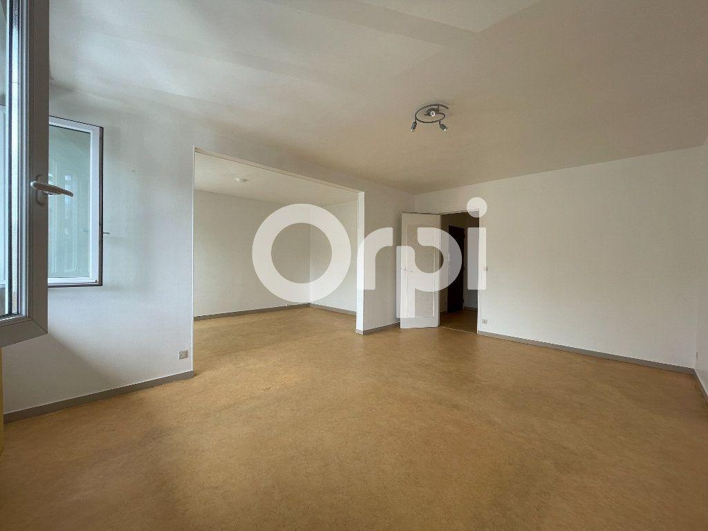 Appartement à louer 4 80m2 à Évreux vignette-3