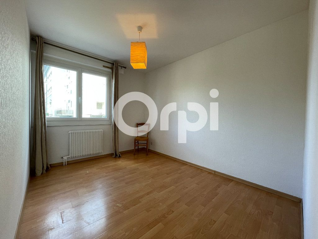 Appartement à louer 4 80m2 à Évreux vignette-7