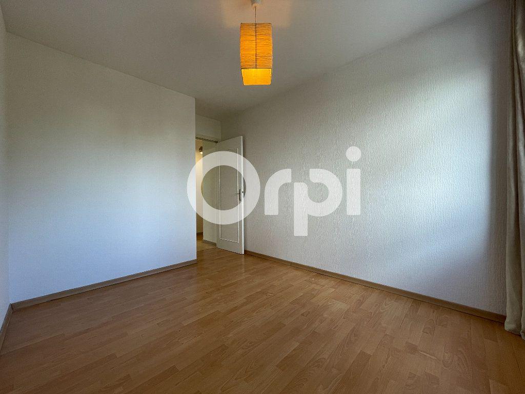 Appartement à louer 4 80m2 à Évreux vignette-8