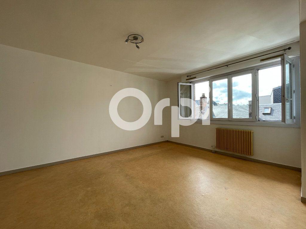 Appartement à louer 4 80m2 à Évreux vignette-11