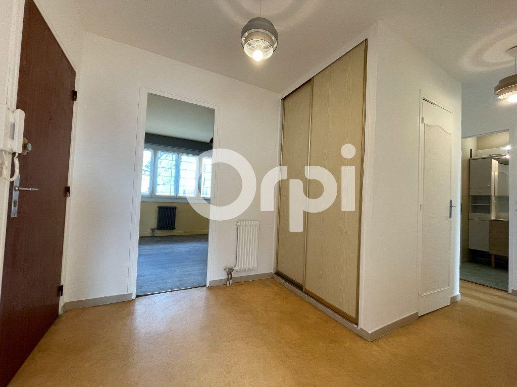 Appartement à louer 4 80m2 à Évreux vignette-12