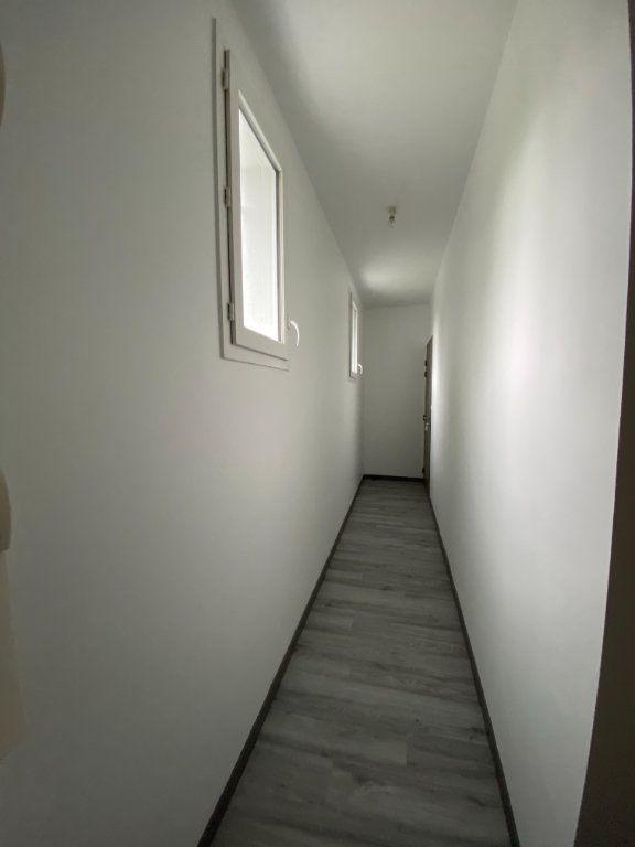 Appartement à louer 1 22.67m2 à Évreux vignette-4