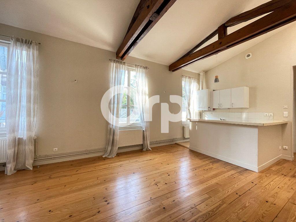 Appartement à louer 2 45.52m2 à Évreux vignette-2