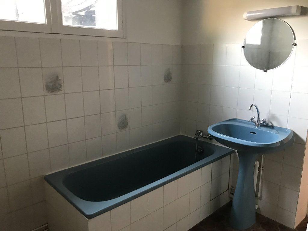 Appartement à louer 1 23.67m2 à Évreux vignette-3