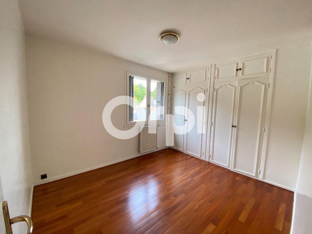 Appartement à louer 5 90m2 à Évreux vignette-12