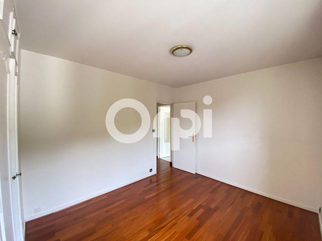 Appartement à louer 5 90m2 à Évreux vignette-14