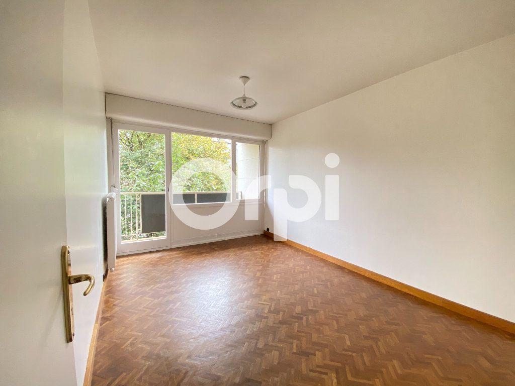 Appartement à louer 5 90m2 à Évreux vignette-15