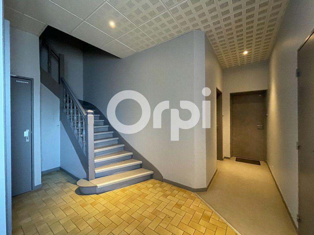 Appartement à louer 1 17.55m2 à Évreux vignette-2