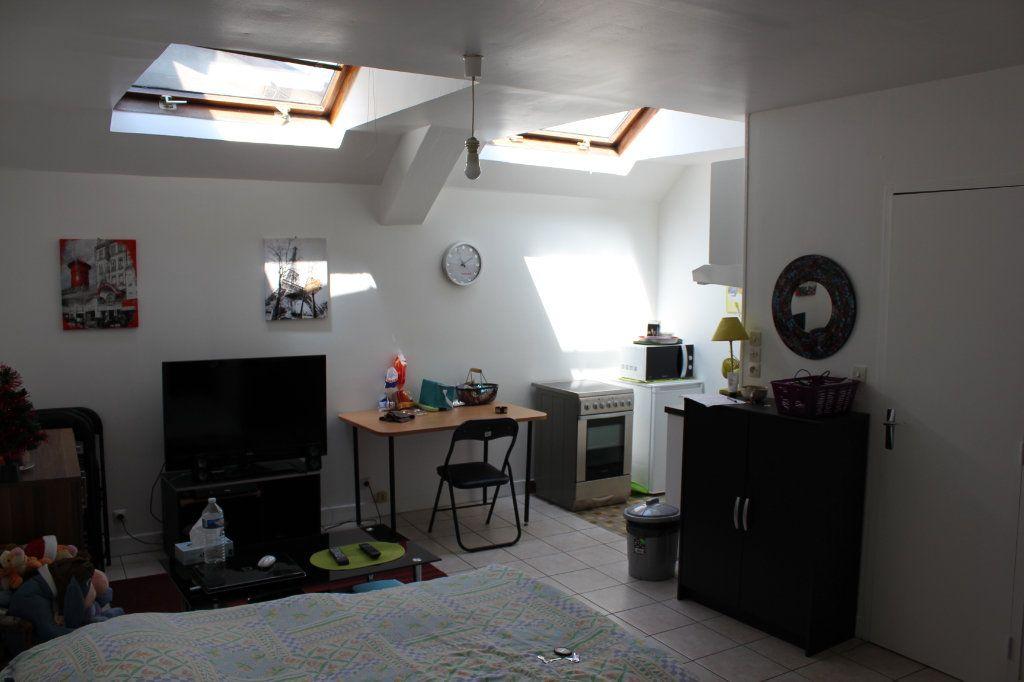 Appartement à louer 1 30m2 à Évreux vignette-2