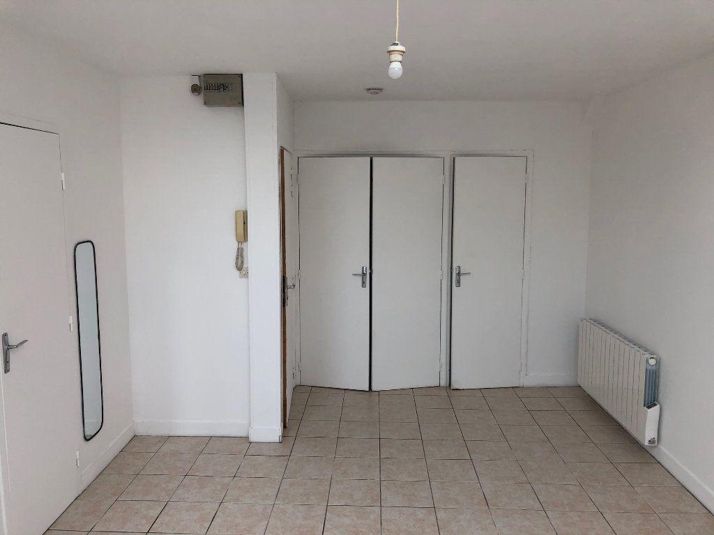 Appartement à louer 1 30m2 à Évreux vignette-4