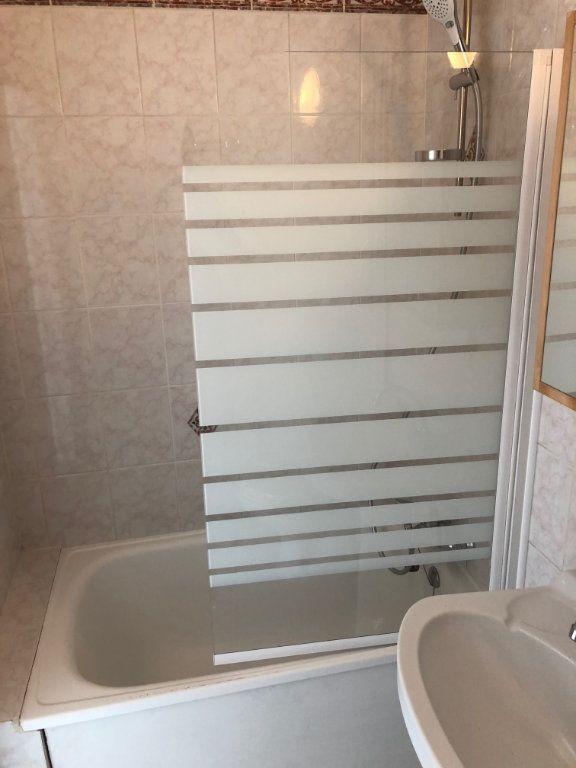 Appartement à louer 1 30m2 à Évreux vignette-6