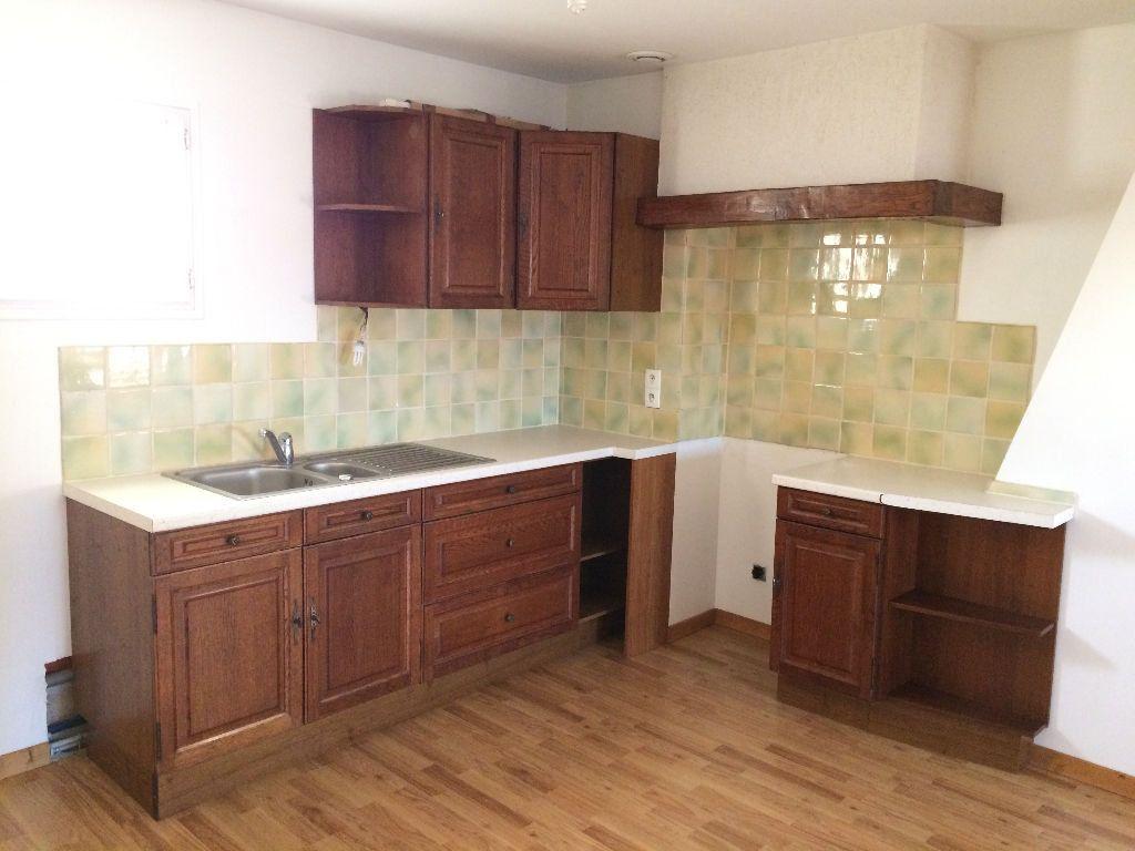 Appartement à louer 2 30m2 à Damville vignette-3