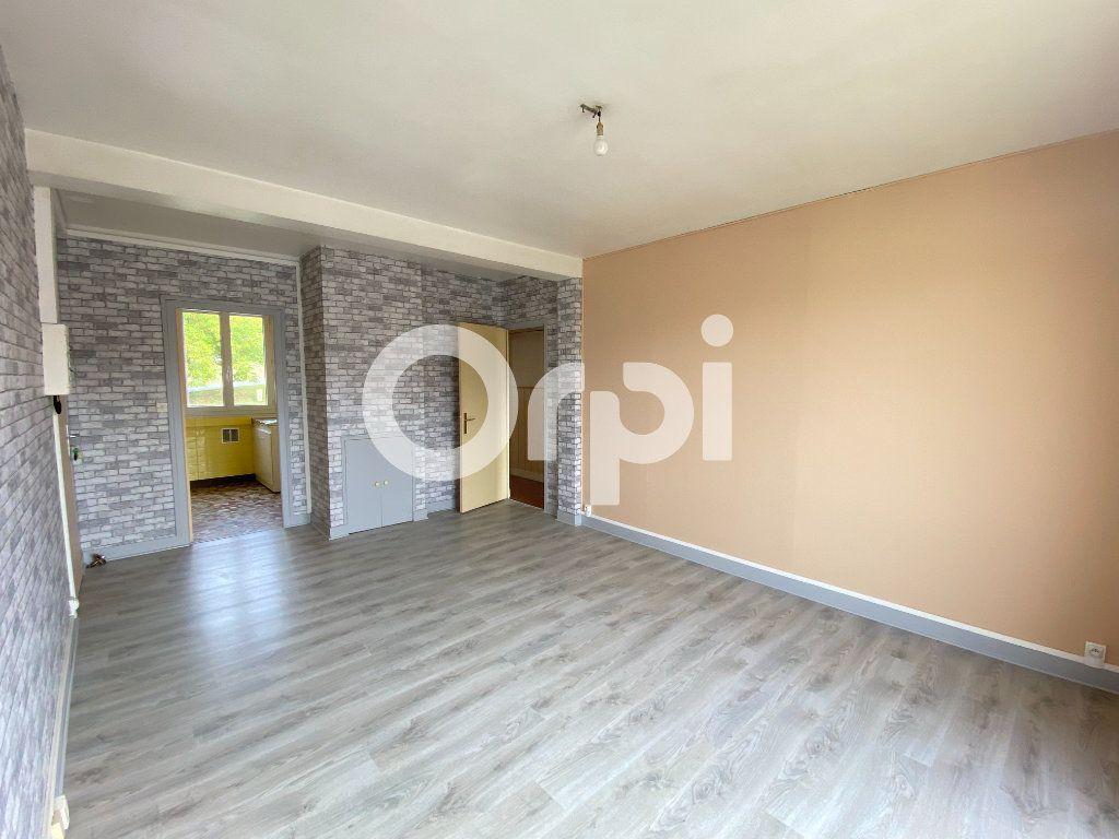 Appartement à louer 3 55.36m2 à Évreux vignette-1