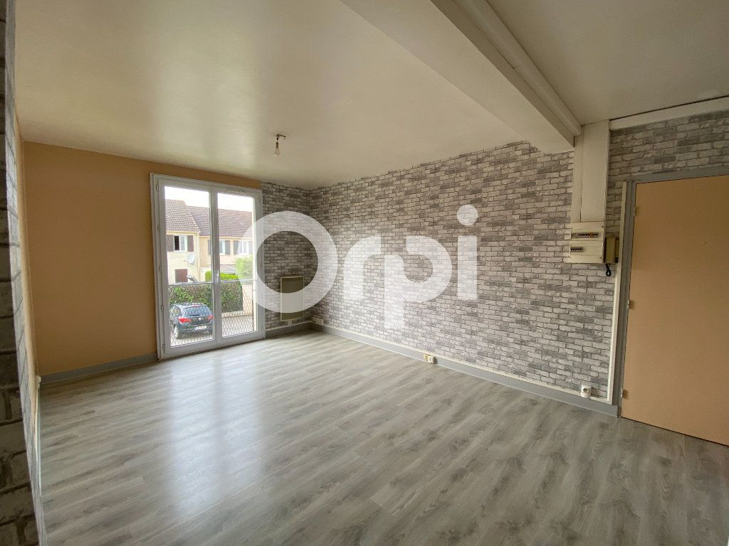Appartement à louer 3 55.36m2 à Évreux vignette-3