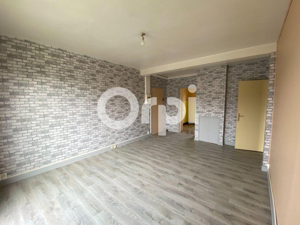 Appartement à louer 3 55.36m2 à Évreux vignette-4
