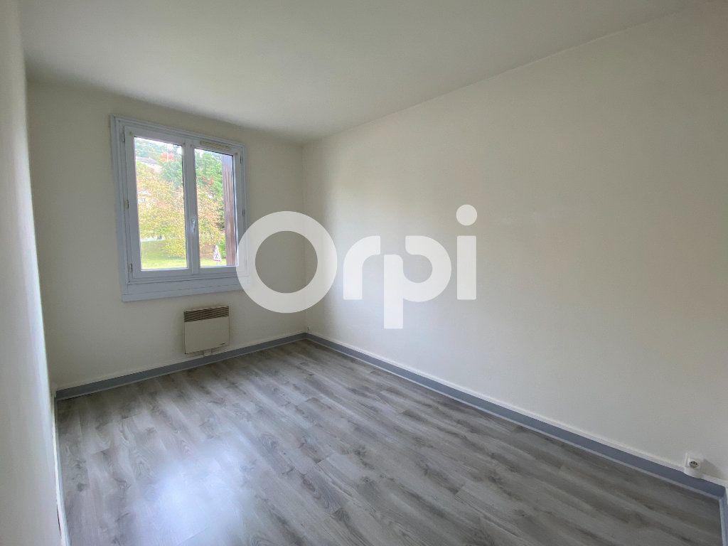 Appartement à louer 3 55.36m2 à Évreux vignette-6