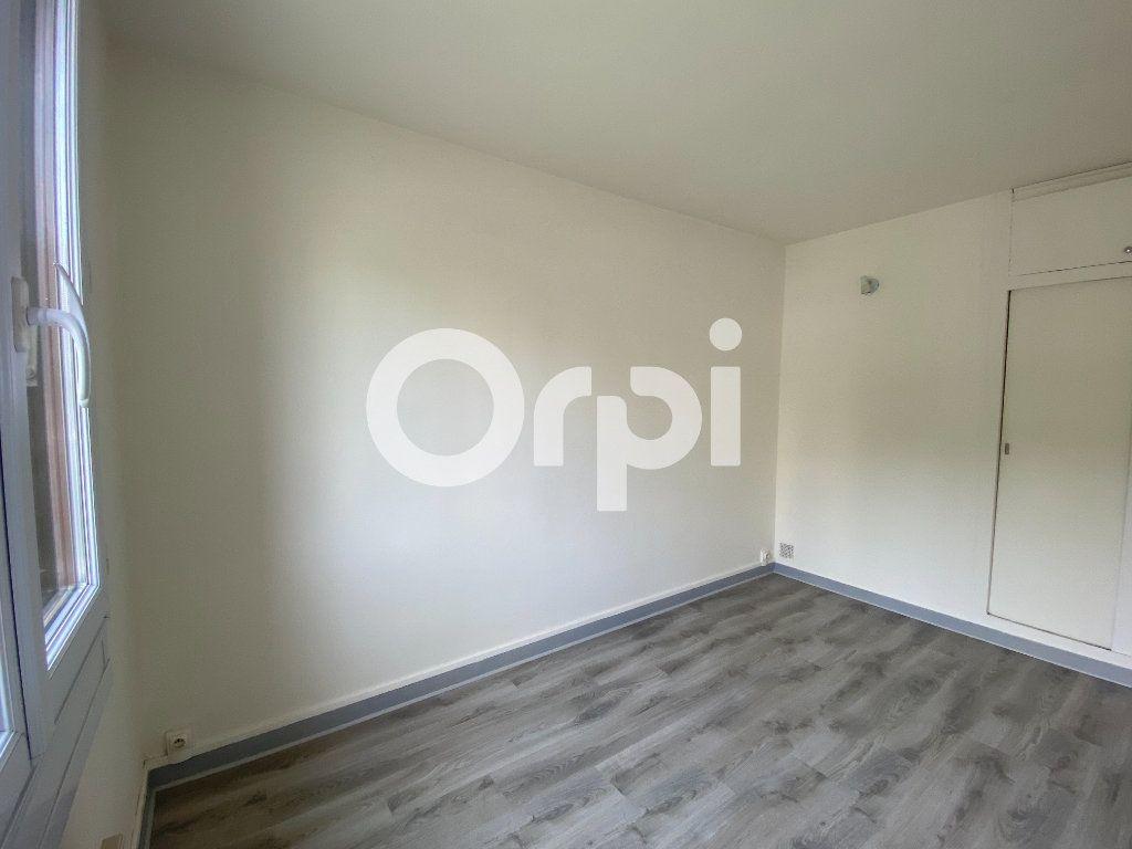 Appartement à louer 3 55.36m2 à Évreux vignette-7
